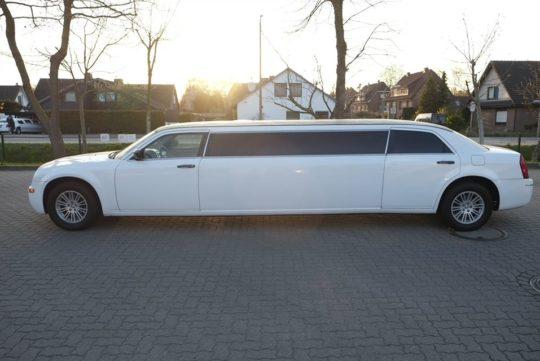 Limousinenservice Chrysler Limousine mieten