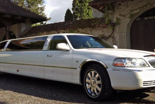 Limousinenservice Lincoln Town Car Hochzeitslimousine mieten
